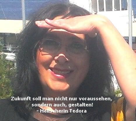 Hellseherin Tedora